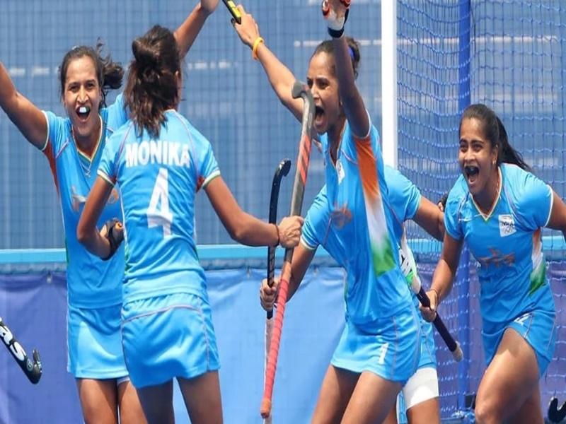 India vs UK Women Hockey: आखिरी दम तक शेरनी की तरह लड़ी, कांस्य पदक चूककर भी बेटियों ने जीता दिल