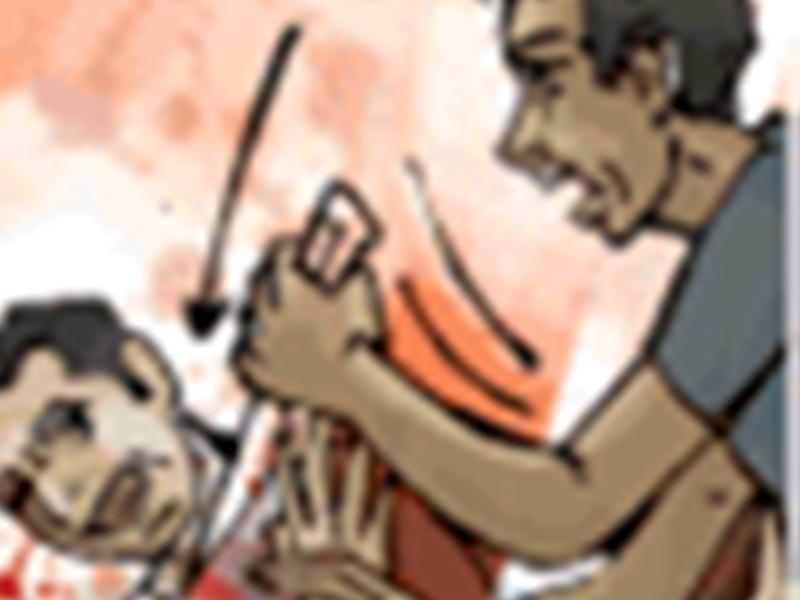 Bhopal Crime News: टैंकर चालक की संदिग्ध हालात में मौत, सिर में चोट लगी, जांघ में चाकू का घाव