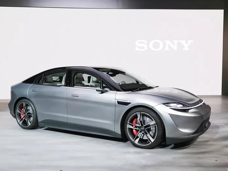 Sony at CES 2020: Sony ने इलेक्ट्रिक कार Vision S पेश कर चौंकाया, जानिए क्या है इसकी खासियतें