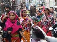 Bilaspur News: बातों बातों में, दबे पांव आ रहा कोरोना