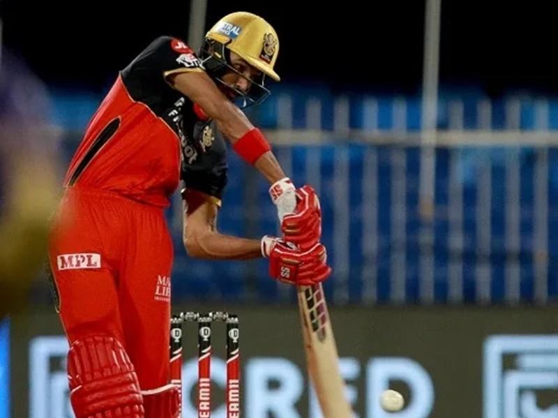IPL 2021: RCB के लिए खुशखबरी, कोरोना-मुक्त होकर टीम में वापस लौटे देवदत्त पडीक्कल