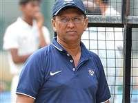IPL 2021: कोरोना पॉजिटिव पाए गये मुंबई इंडियन्स के विकेटकीपिंग कोच किरण मोरे