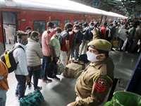 Jodhpur: बिना मास्क यात्रा करते पकड़े 1700 यात्री, रेल मंडल ने वसूला 1.78 लाख रु. जुर्माना