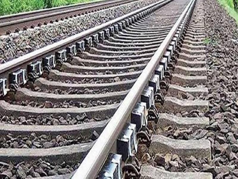 Bilaspur News : लॉकडाउन का उठाया फायदा, समय से पहले बिछ गई तीसरी रेल लाइन