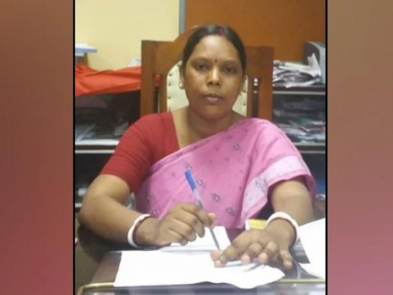 बंगाल चुनाव: TMC का टिकट पाने के बाद सरला मुर्मू ने छोड़ा ममता बनर्जी का साथ, BJP में होंगी शामिल