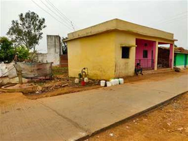 Jabalpur News : जर्जर सरकारी भवनों में रहने मजबूर कर्मचारी