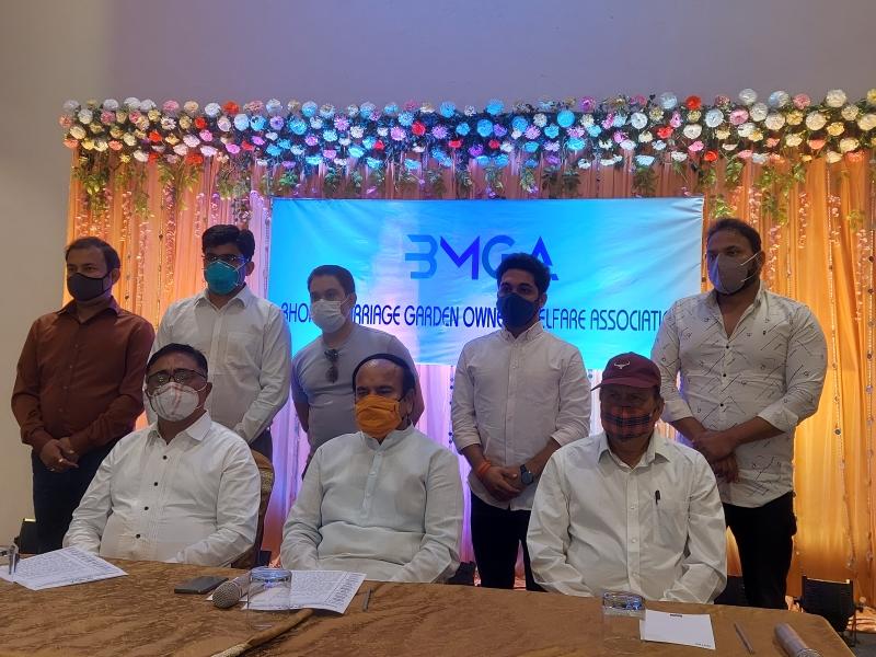 Bhopal News: मैरिज गार्डनों में 50 फीसद क्षमता तक लोगों की उपस्थिति में विवाह समारोह की अनुमति देने की मांग