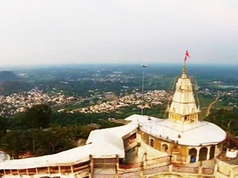 Corona Effect: दंतेवाड़ा के मां दंतेश्वरी व डोंगरगढ़ के बम्लेश्वरी मंदिर में प्रवेश प्रतिबंधित, आनलाइन होंगे दर्शन