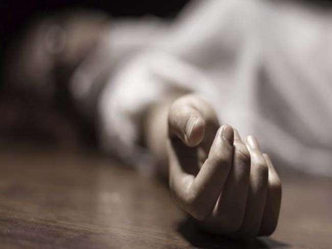 Jabalpur Crime News:  गार्ड की हत्या कर शव गेहूं के ढ़ेर में फेंका, स्वजनों ने किया हंगामा