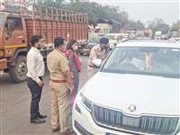 Lockdown in Raipur: रायपुर में लाडकाउन की घोषणा के बाद दुर्ग की तरफ आ रहे लोग