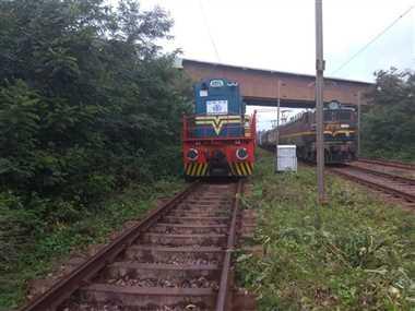 यात्री ट्रेनें ट्रैक से हटी तो मालगाड़ियां सरपट दौड़ बना रही ढुलाई का रिकार्ड