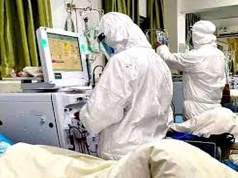 Coronavirus Bhopal News: अस्पतालों में 10 से 20 फीसद डॉक्टर व अन्य स्टाफ कोरोना संक्रमित, मरीजों के इलाज में हो रही दिक्कत