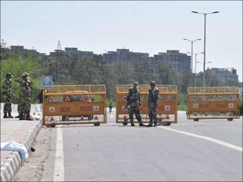 Lockdown in Delhi : दिल्ली में बढ़ सकता है लॉकडाउन, सोमवार को खत्म हो रही है अवधि