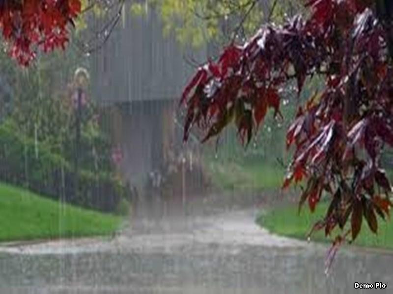 Jabalpur Weather Updates: 50 किमी की रफ्तार से चली आंधी पर सवार होकर आई बारिश ने घोली ठंडक, दो डिग्री गिरा पारा