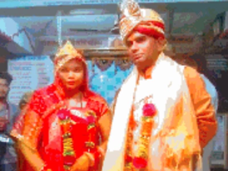 Looteri Dulhan : लुटेरी दुल्हन निकली चार बच्चों की मां, दूल्हे से पहले ही लेते थे एक लाख रुपए