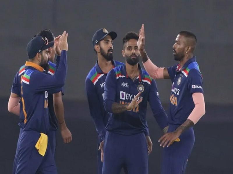 T20 World Cup : वर्ल्ड कप के लिए टीम का ऐलान, धोनी होंगे टीम इंडिया के मेंटर, धवन को जगह नहीं