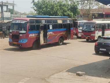 एमपी सरकार के छत्तीसगढ़ से बस परिवहन पर रोक का असर हो रहा है कवर्धा जिले में