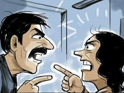 Jabalpur News : आयुर्विज्ञान विश्वविद्यालय की महिला डिप्टी रजिस्ट्रार और डॉक्टर में विवाद, पुलिस तक पहुंचा मामला