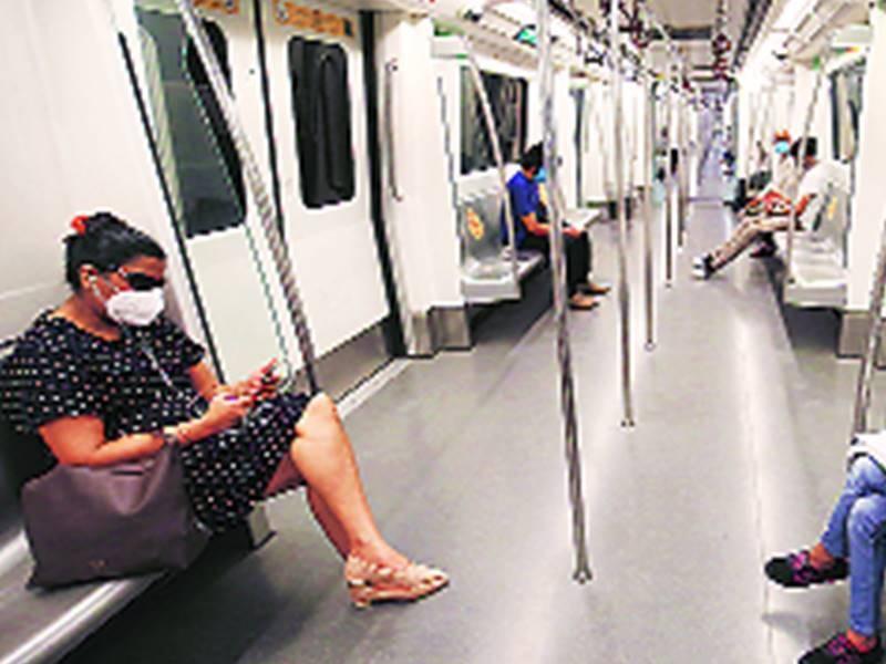 Delhi Lockdown Extended: दिल्ली में 1 हफ्ते के लिए बढ़ा लॉकडाउन, आज से नहीं चलेगी मेट्रो
