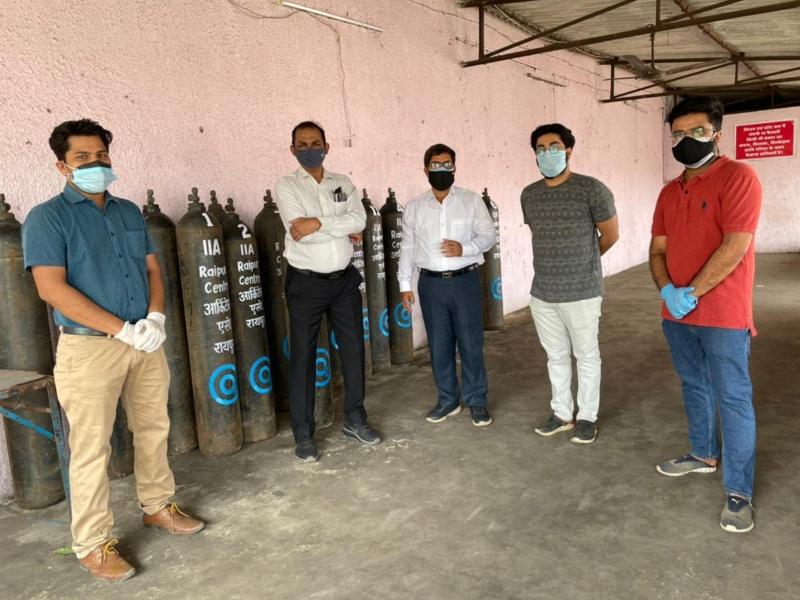 द इंडियन इंस्टिट्यूट ऑफ आर्किटेक्ट्स छत्तीसगढ़ चैप्टर उपलब्ध करा रहा है ऑक्सीजन सिलिंडर