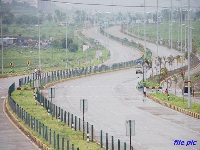 Super Corridor Indore: सालभर में बनी आठ लेन सड़क, धार रोड से जुड़ा सुपर कारिडोर