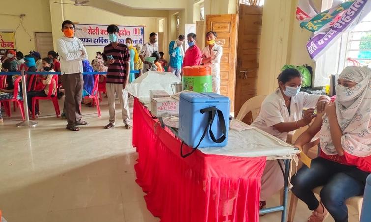 Shahdol vaccination News : आठ दिन में 4500 लोगों को लगा कोरोना का टीका