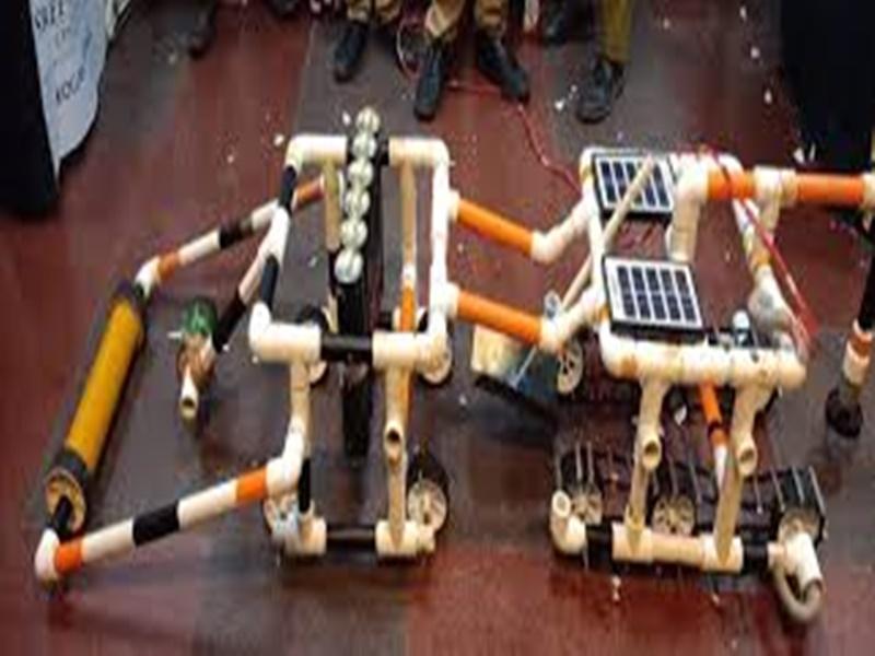 बिलासपुर सरकारी स्कूल के छात्रों ने किसानों के लिए बनाया रोबोट, मिलेगा पेटेंट