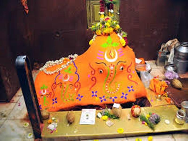 Madhya Pradesh News: उज्जैन के चिंतामन गणेश मंदिर में बिकेंगे चांदी के सिक्के
