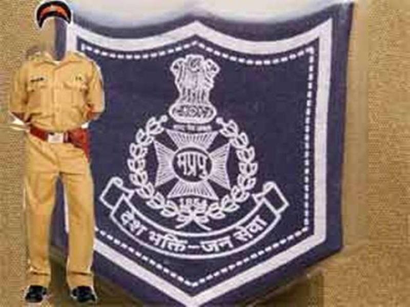 Madhya Pradesh Police: पोस्टर के माध्यम से पीड़िताओं को बता रहे उनके कानूनी अधिकार