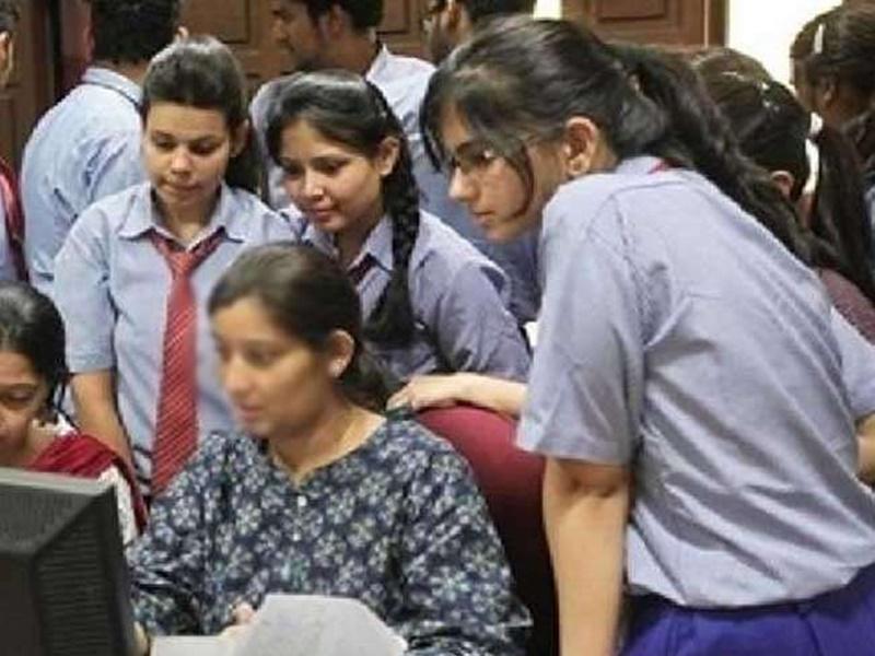 Haryana10th Result 2021 DECLARED: हरियाणा 10वीं का रिजल्ट जारी, कोई छात्र फेल नहीं, लेकिन पहली बार हुआ ऐसा