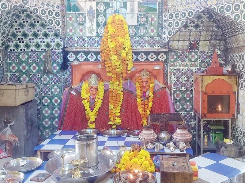 Sharadiya Navratri 2021: MP के इस मंदिर में भक्तों को सुबह से शाम तक तीन रूपों में होते हैं माता के दर्शन