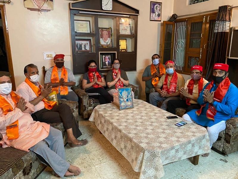 Indore News: बच्चों को बोली-भाषा-संस्कृति का ज्ञान दिया गया एवं घरों में सिंधी व्यजंन बनाये गए