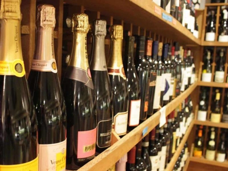 Korba Lockdown Update : कोरबा में भी अब घर बैठे ऑनलाइन मिलेगी शराब