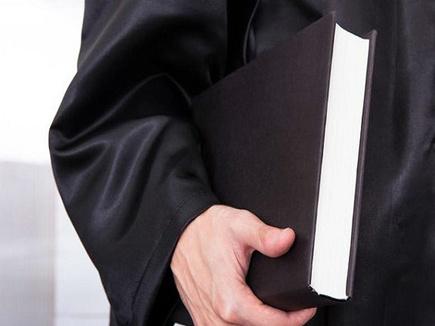 Indore Crime News: परिवार से गुस्सा वकील पत्र लिख लापता, देर रात फार्म हाउस से बरामद