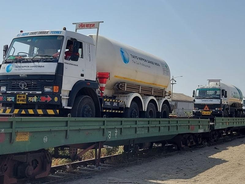 Oxygen Express in Bilaspur: बिलासपुर रेलवे जोन से अब तक गुजर चुकी हैं 45 आक्सीजन एक्सप्रेस