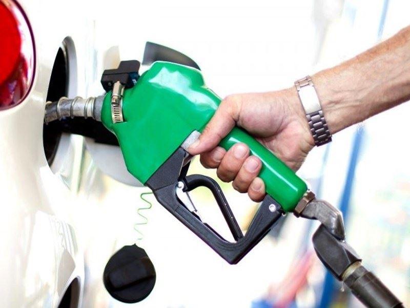 Petrol Price in MP: अनूपपुर और शहडोल में पेट्रोल के दाम 102 रुपये पार, जानिए इंदौर, भोपाल, ग्वालियर और जबलपुर का हाल