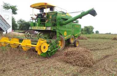 हैडिंगः खरीफ फसल की तैयारी शुरू, सोयाबीन रकबा कम करने कृषि विभाग ऑनलाइन कर रहा मिटिंग