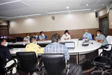 मुख्यमंत्री स्लम स्वास्थ्य योजना का जरूरतमंदों को मिले लाभ