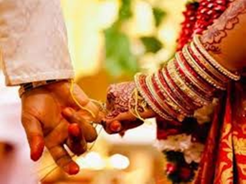 Gwalior wedding News: शादियों के 12 शुभ मुहूर्त, फिर नवंबर में ही बजेगी शहनाई, कारोबारियों में बढ़ी बेचैनी