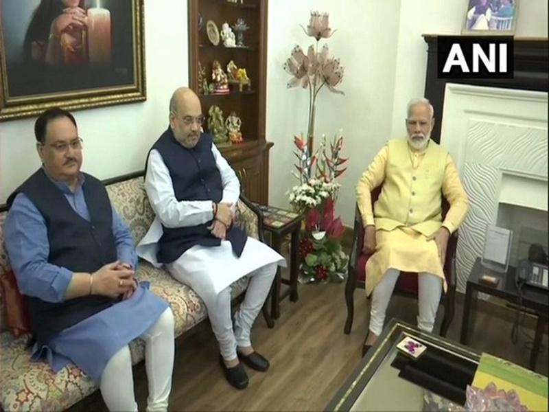 PM मोदी ने अमित शाह और जेपी नड्डा संग की बैठक, कैबिनेट में फेरबदल की अटकलें