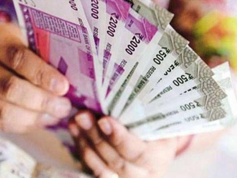 गोठान समितियों, स्व-सहायता समूहों और गोबर विक्रेताओं को तीन करोड़ रुपये का भुगतान
