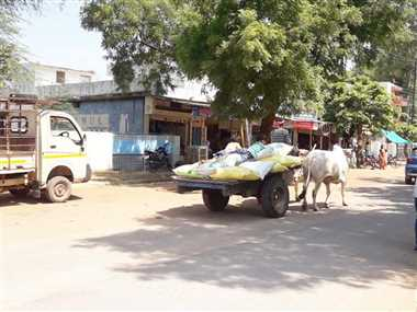 किसान 1800 रुपये में खरीद रहे डीएपी