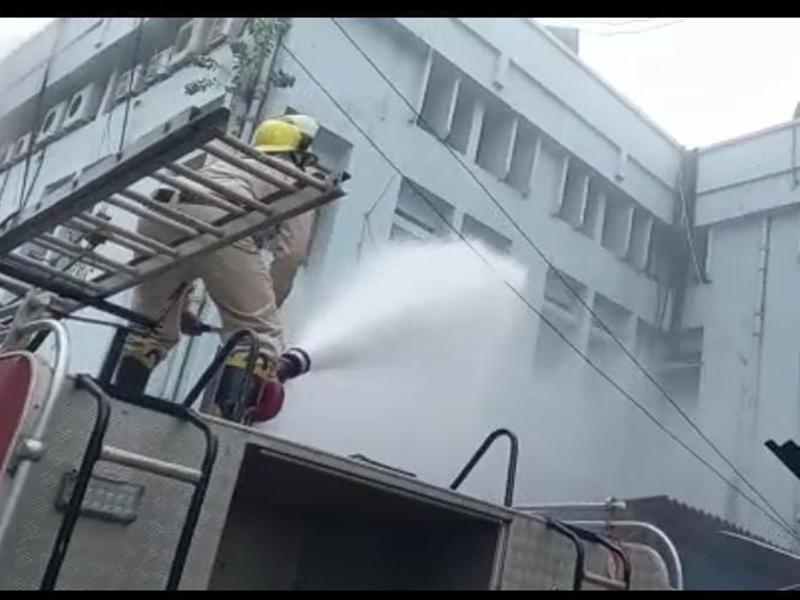 Fire In SBI Office: रायपुर में एसबीआई के जोनल दफ्तर में लगी आग