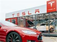 सरकार ने खारिज की Tesla की मांग, कहा - पहले करें उत्पादन, फिर टैक्स छूट पर होगी चर्चा