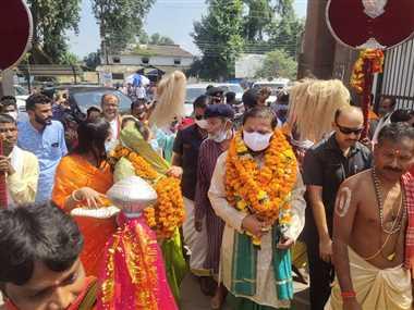Dussehra Invitation: बस्तर महाराजा ने मां दंतेश्वरी को दिया दशहरा का न्यौता