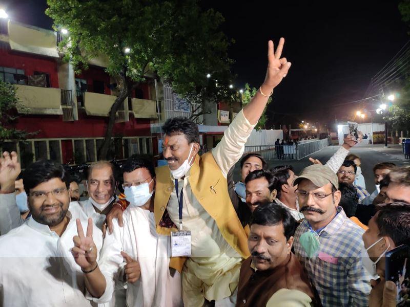 Sanwer By Election Result 2020: सांवेर सीट पर भाजपा के तुलसी सिलावट ने कांग्रेस के प्रेमचंद गुड्डू को हराया
