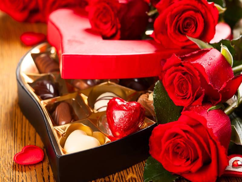 Valentine Day 2020: Valentine Day पर राशि अनुसार करें यह उपाय, मिलेगी मोहब्बत में सफलता