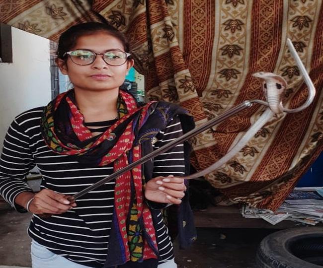 कानन पेंडाजी जू में छोड़ती है अजिता