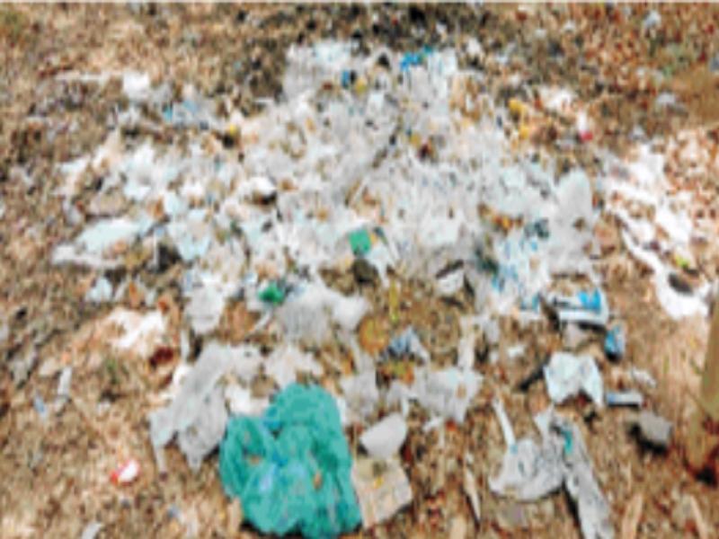 Gwalior Corona Alert News: जेयू में हेल्थ सेंटर से निकला बायो मेडिकल वेस्ट कैंपस में फेंका, संक्रमण का खतरा