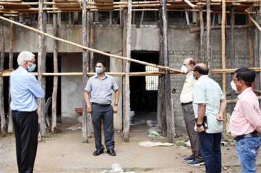 निर्माण कार्यो में गुणवत्ता व निर्धारित मापदंडों का हो पालन